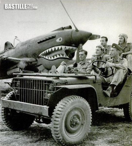 抗戰時期運至中國戰彭的美國威利斯吉普車 (網上圖片)