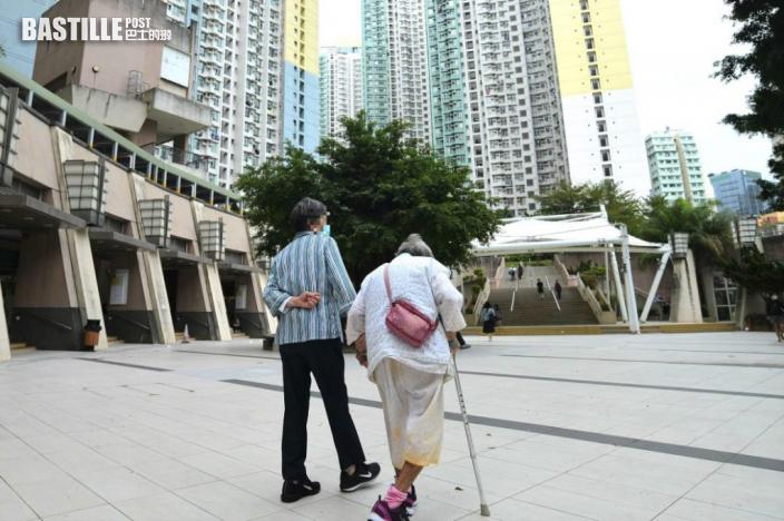 【Juicy叮】準新人憂搬出公屋除名後 65歲長者被逼遷去一人單位