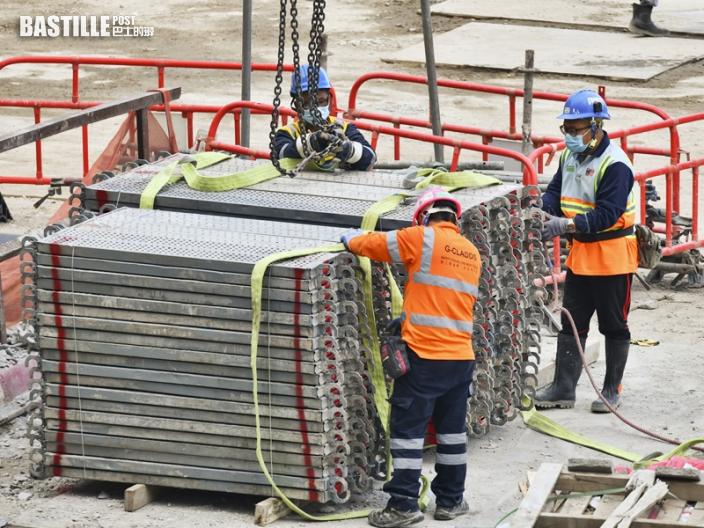 【新聞追擊】建造業「自救」保供貨春節 重酬內地船員