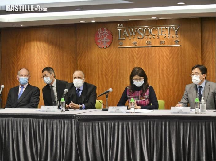 黃馮律師行遭介入接管 多名苦主申訴逾億資金被凍結