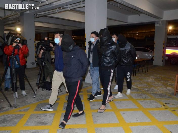 屯門地盤飯盒攤檔遭刑毀 警拘7名三合會人士