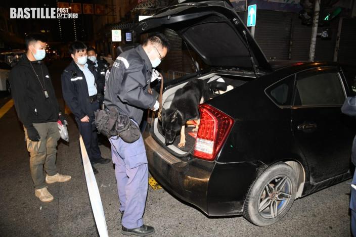 長沙灣警搗毒品快餐車 司機涉藏50包毒品被捕