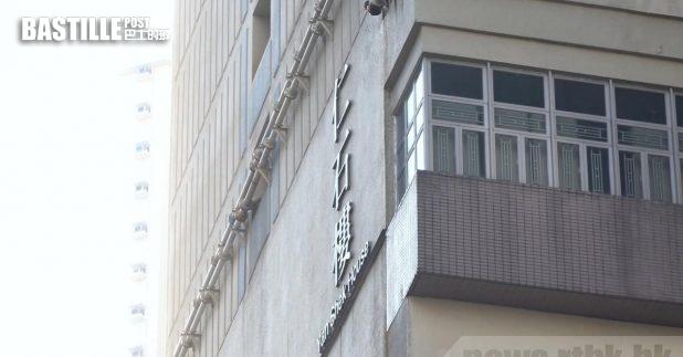 葵涌石蔭邨仁石樓3個同一座向的單位出現感染,當局早前向大廈發出強制檢測公告。(李駿彥攝)