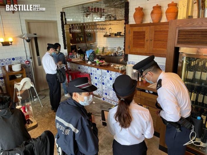 警方與食環署巡查將軍澳食肆 三間食肆違防疫規例被票控