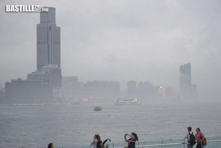 未來兩三日雨紛紛 潮濕海洋氣流來襲周末濕暖高見26度