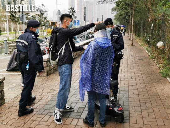 警將軍澳打擊非法電動車 拘4人扣查4車