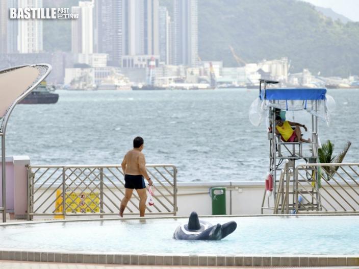 傳港府將微調防疫措施 公眾泳池海灘等有望「解封」