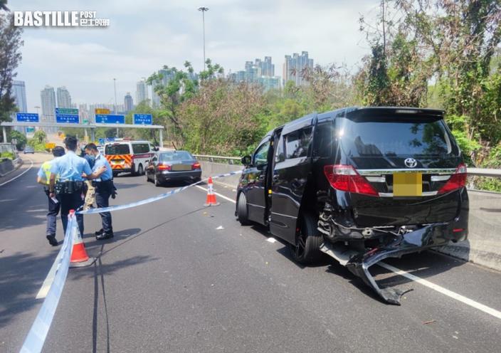 私家車油麻地遇劫 三找換店職員遭搶走逾千萬元