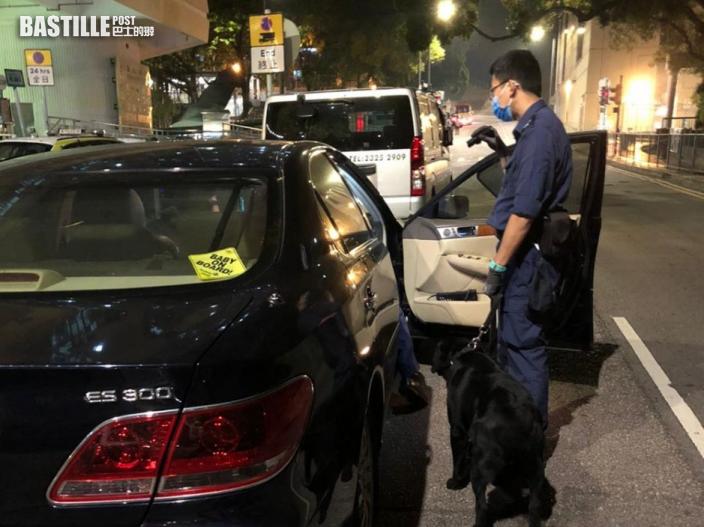 荃灣警區打擊非法活動 拘一男一女
