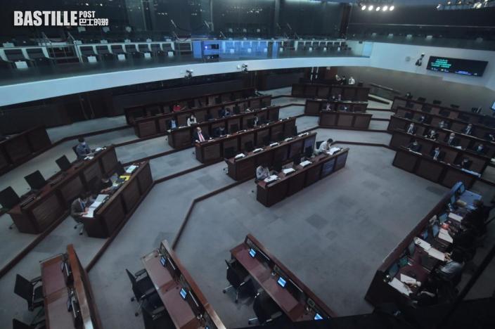 聶德權指129人拒交宣誓聲明 將著令離開公務員隊伍