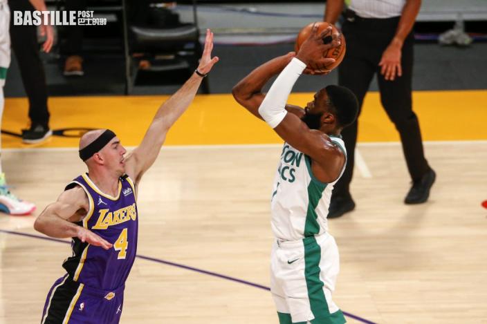 【NBA】謝倫布朗轟四十分創紀錄 塞爾特人121:113挫湖人