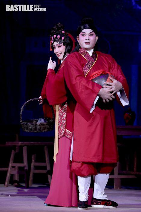 霍啟剛郭晶晶拍拖看《鳳求凰》 謝曉瑩開心「金靈宵」作品受關注