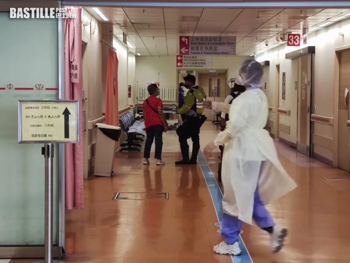 西沙路4車串燒 七旬的哥昏迷送院搶救