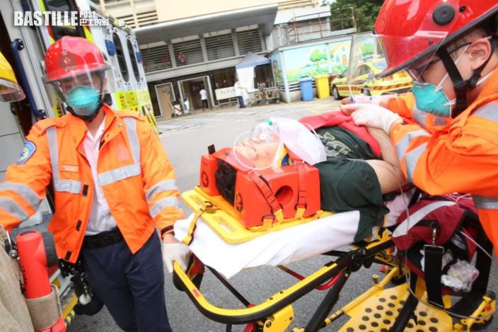 九龍城6C巴士猛撼地盤工人 直剷行人路擱花槽