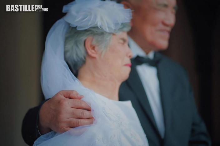 想重遊布吉慶結婚5周年   周柏豪自認肉麻愛講冧妻情話