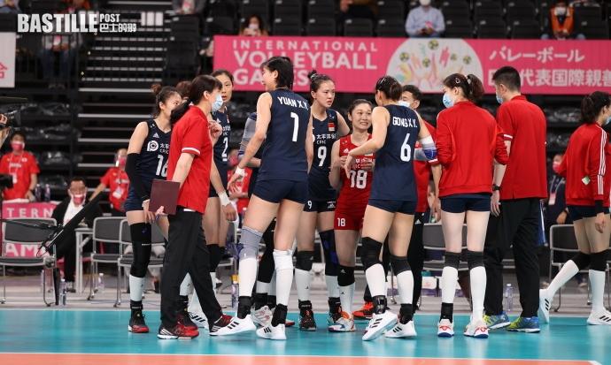 【排球】中國女排友賽勝日本 大軍返國隔離三周