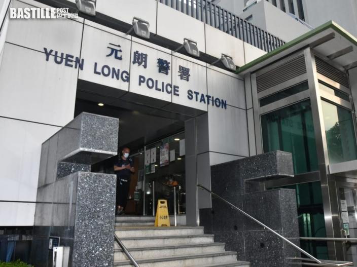 天水圍童黨狂摑少女逾30巴 13歲少女被捕一中三學生到警署自首