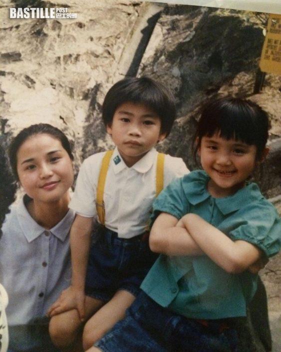 蔡卓妍貼兒時母女合照 網民:你同媽咪都係TWINS
