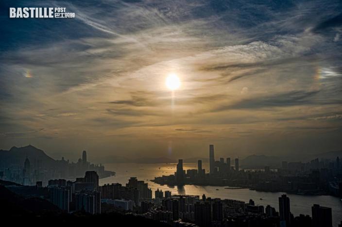 【Kelly Online】雲間乍現兩光斑 天文台指為「幻日」