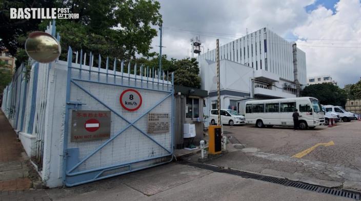消息指香港電台今早收白色粉末信 警一度到場調查