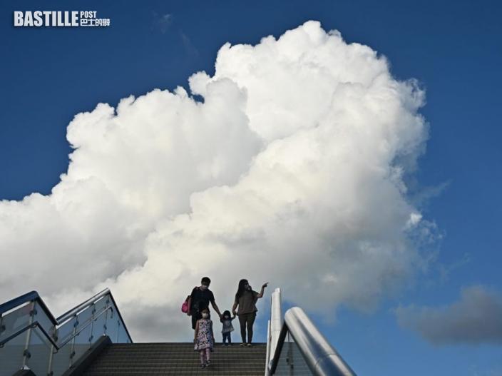 未來數日有驟雨下周初行雷 周五新界最高氣溫可達35度