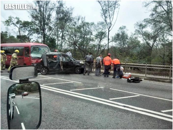 長沙灣大埔道校巴私家車相撞 12傷包括學生