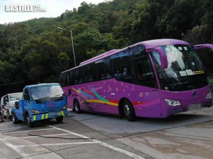 警東九龍打擊違泊 發逾2千張牛肉乾及拖走9車