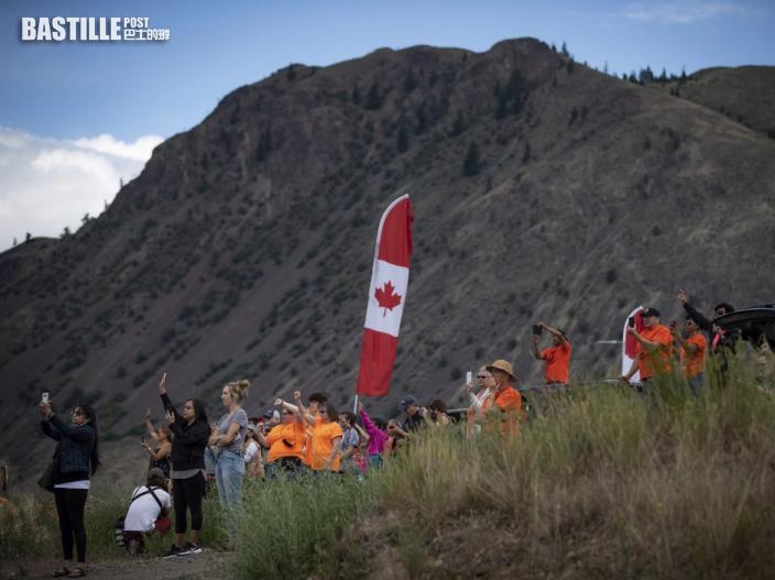 加拿大再推港人移民兩新途徑 曾在當地讀大學或工作均可