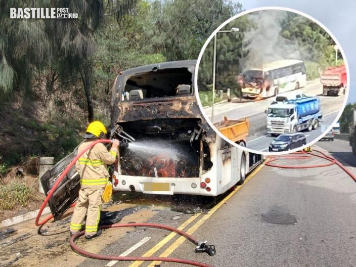 將軍澳旅遊巴「自焚」 司機及時逃生