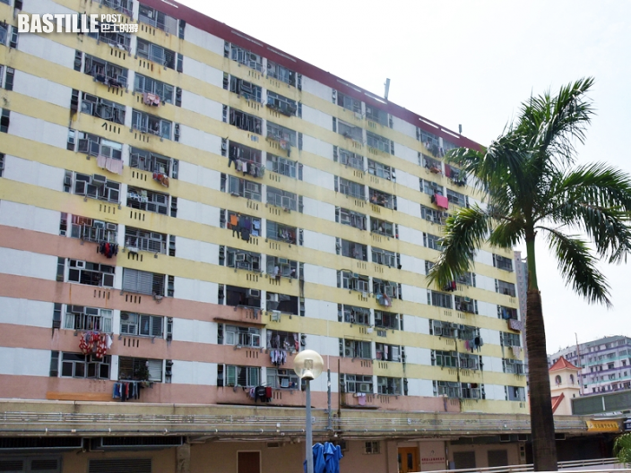 石硤尾邨單位遭撬窗花爆竊 22歲女失5.8萬元首飾現金