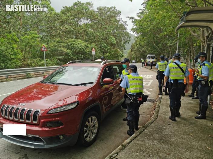 警打擊大嶼山南假禁區紙 19名司機涉行使虛假文書被捕