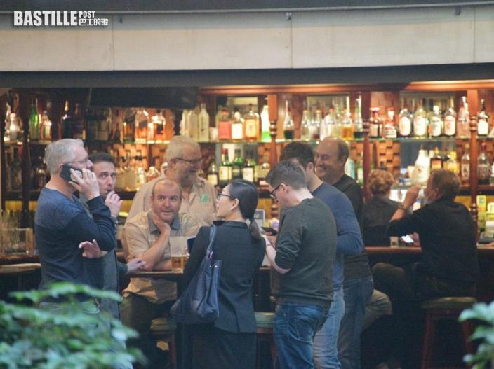 食環署連假巡查約2,000間酒吧酒館 7名負責人涉違防疫規定遭票控