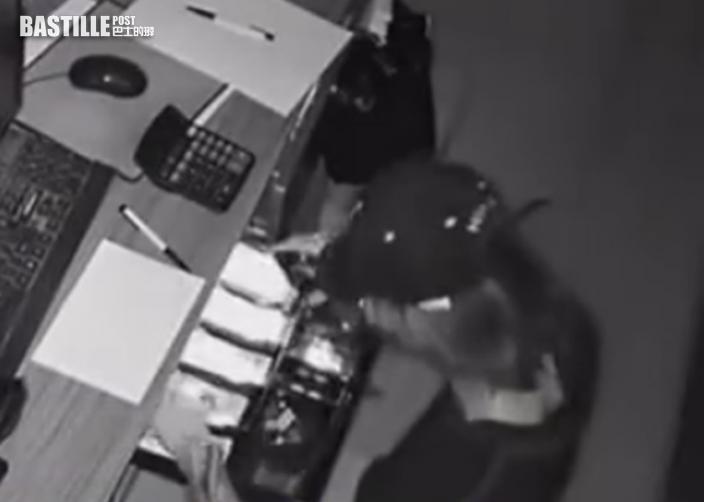 浙爆竊賊「食夾棍」獨吞大鈔 老闆「溫馨提示」同黨:要討回應得的