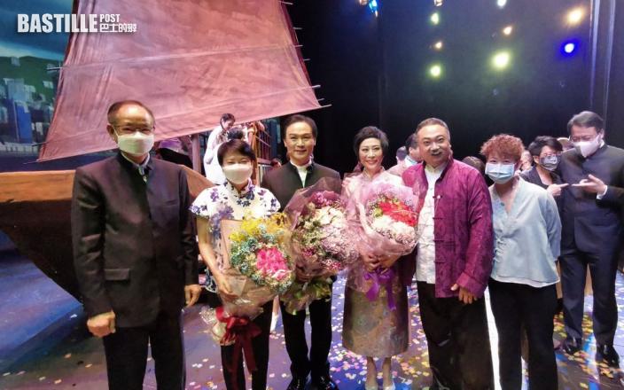 衛駿輝完成25場公演淚眼感恩 宣布《香江號》明年1月添食