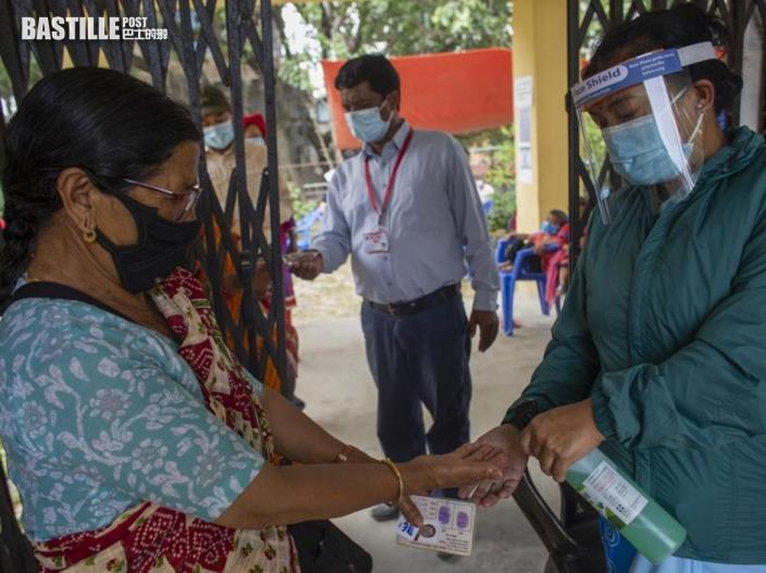 印度疫情放緩政府放寬防疫 泰姬陵重開