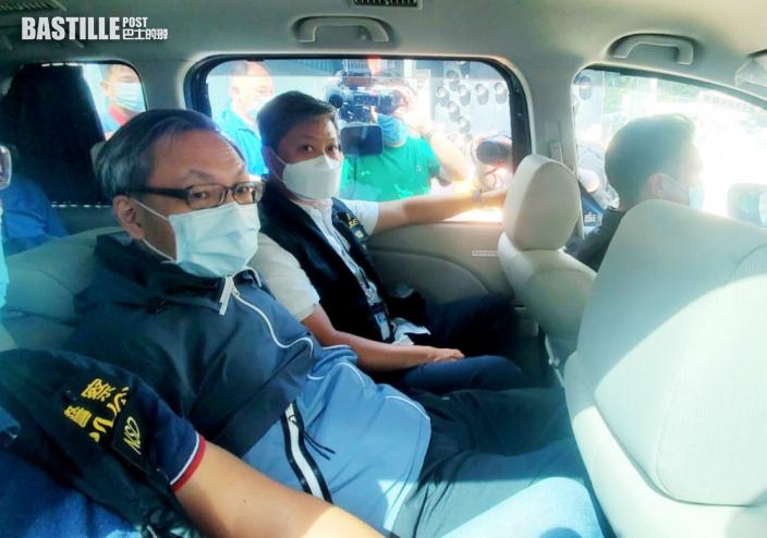 壹傳媒CEO等5高層涉違國安法被捕 遭扣手銬押返蘋果大樓