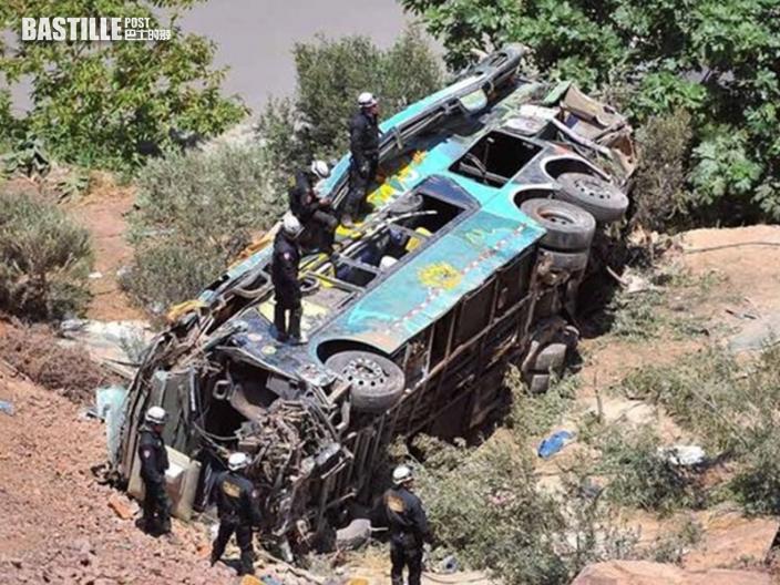秘魯巴士墮深谷 增至27人死