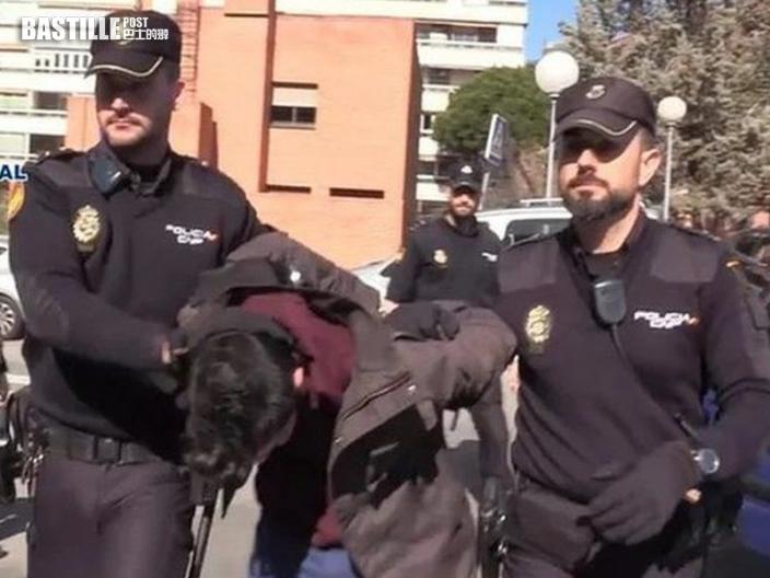 西班牙逆子勒死6旬母 再恐怖烹屍食遺骸餵狗
