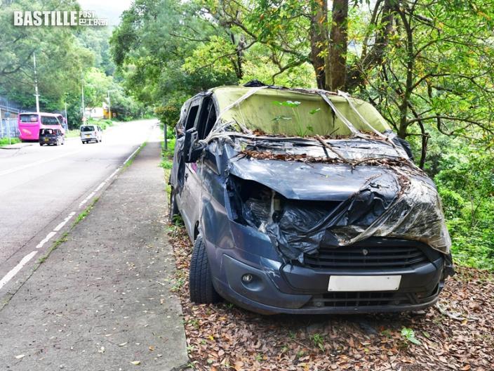 廢棄車輛長期停泊公眾車位及路旁 申訴專員主動調查