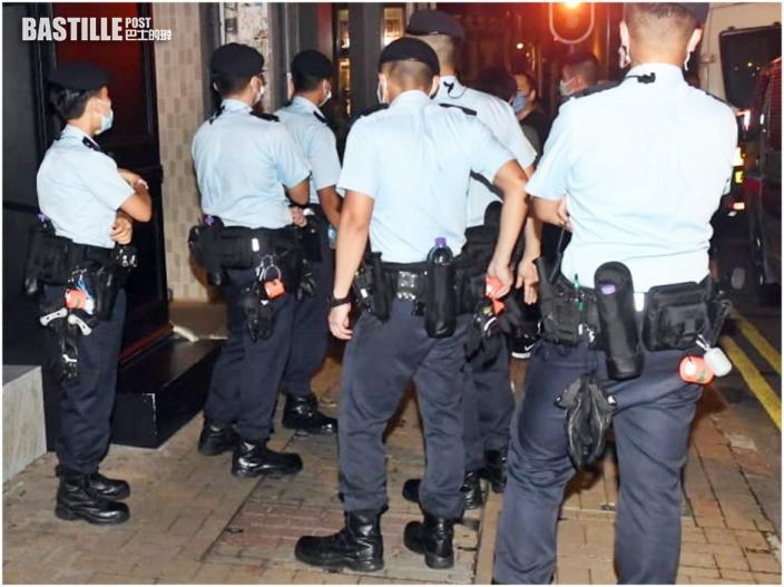 三地聯合行動打擊三合會 港警拘868人最細13歲