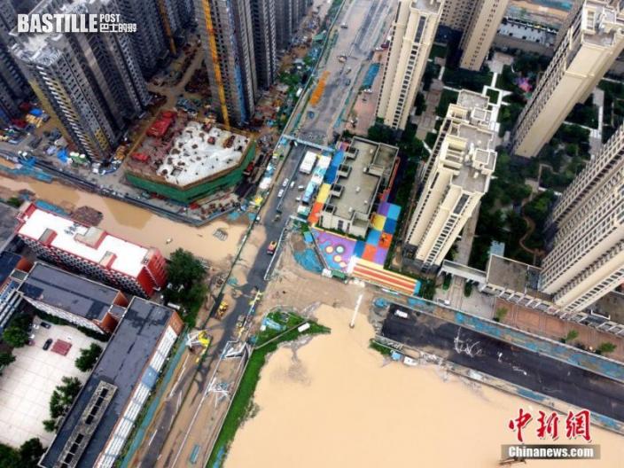 2021年7月21日,暴雨導致城區積水嚴重。
