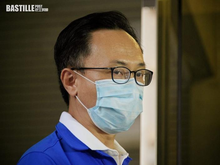 新加坡返港男打四針疫苗 聶德權指無法查核海外接種記錄