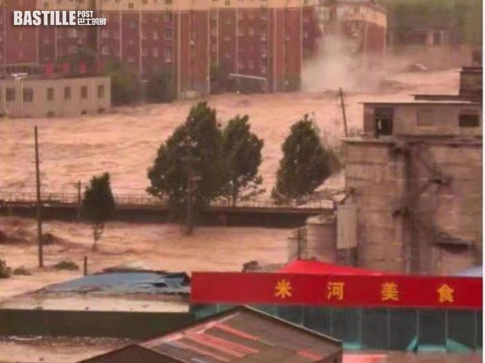 河南鞏義市暴雨成災 氣象局長一度被洪水沖走幸獲救