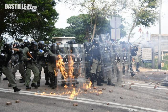 中大暴動蒙面罪成 20歲和25歲學生囚4年半及3年9個月