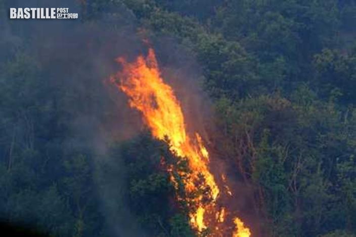 意大利撒丁島山火焚燒2日 仍未救熄