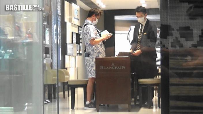 【頭條獨家】同BTS撞款 巨腩撐爆8萬LV套裝 54歲鄧兆尊變「行走青花瓷」