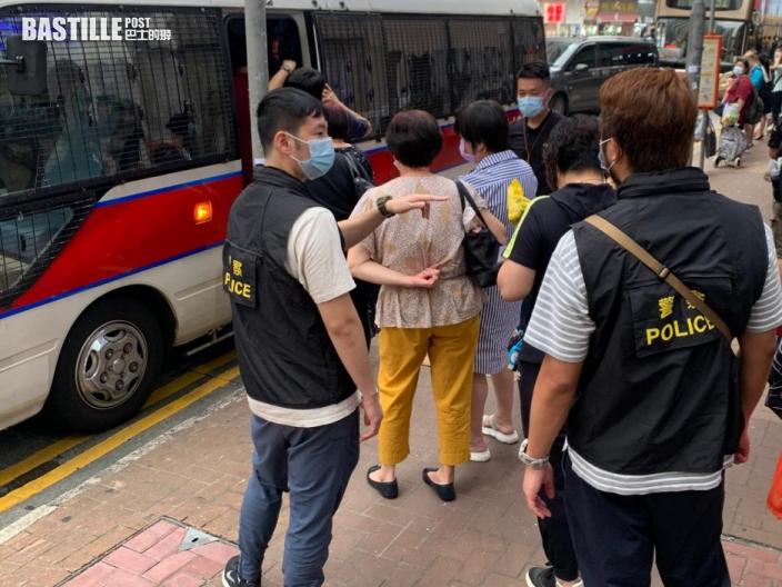 荃灣大陂坊警搗地下麻雀賭檔 拘1負責人及7賭客
