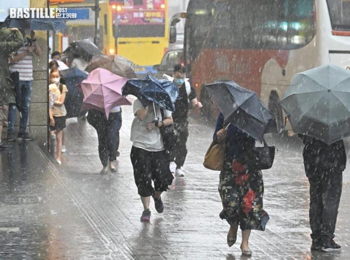 珠江口以西強雷雨區發展 可能於未來兩三小時影響本港