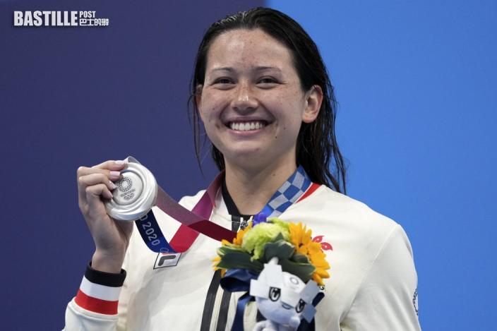 【東奧游泳】何詩蓓勇奪奧運銀牌 教練比索盼乘勢殺入一百米捷決賽