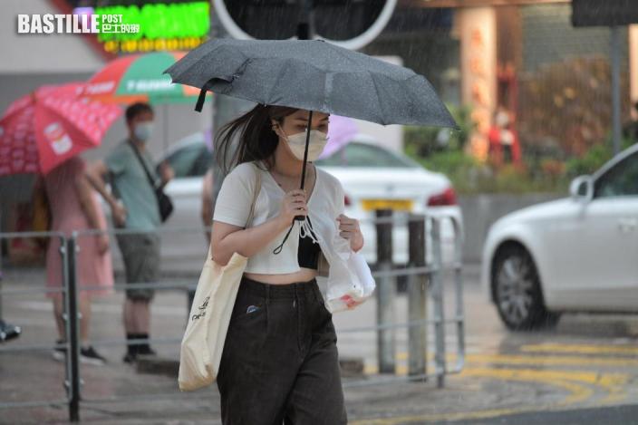 天文台指珠江口一帶雷雨區發展 將影響本港